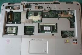 HP Compaq R3000 Palmrest with MOUSE Touchpad Bezel PART# 51107432034