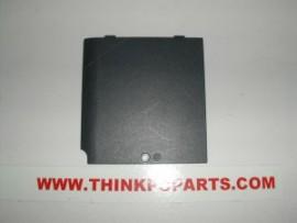 TOSHIBA SATELLITE 1415-S173 memory cover door